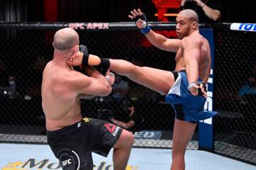 Ciryl Gane dominates Junior Dos Santos in UFC 256